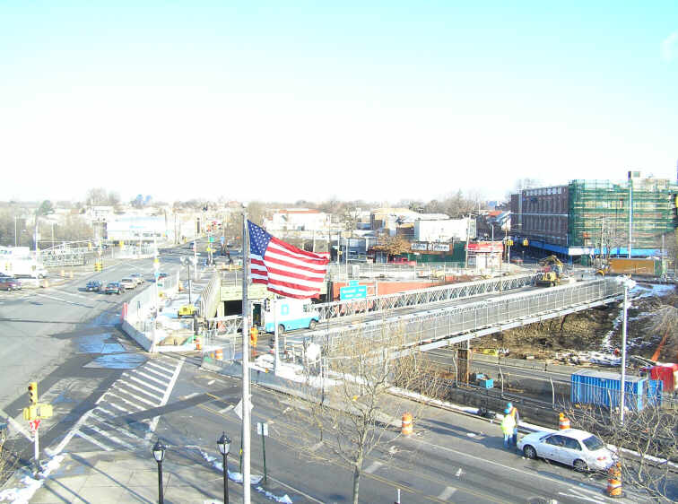 NYSDOT-BRIDGE AT EAST TREMONT AVENUE OVER THE CROSS BRONX